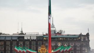 Asiste Jefa de Gobierno a la ceremonia cívica de izamiento de bandera para honrar a las víctimas del 19S